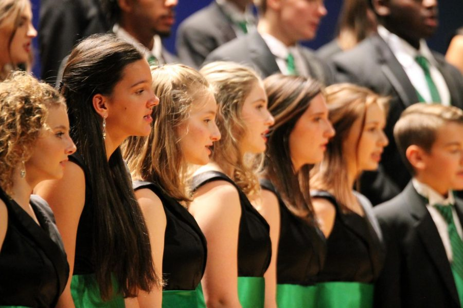 Performer's Perspective: Show Choir, Chorus, and a Whole Lot of Holiday Magic