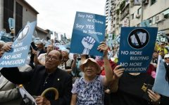 Protests in Taiwan demand full freedom from the Chinese government. Photo provided by BBC news.