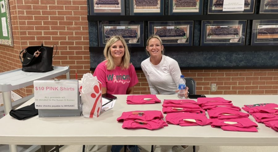 Weddington High School Cheerleading Team sells pink shirts to fundraise for breast cancer awareness. Photo credits: Maanya Bhutani